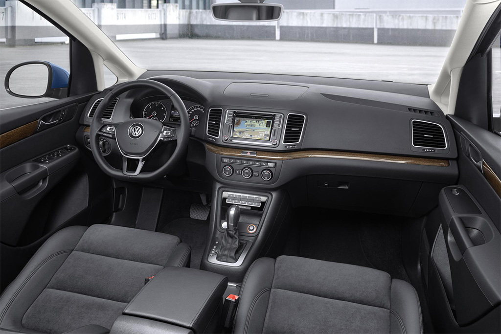 VW Sharan Cockpit