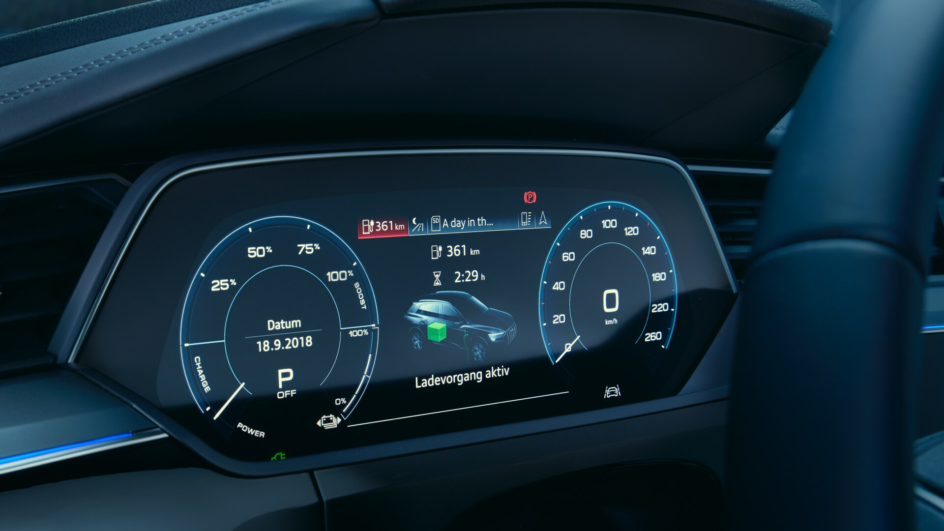 Audi e-tron display